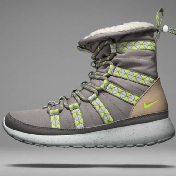 Nike Shoes | Nike Roshe Boots | Poshmark